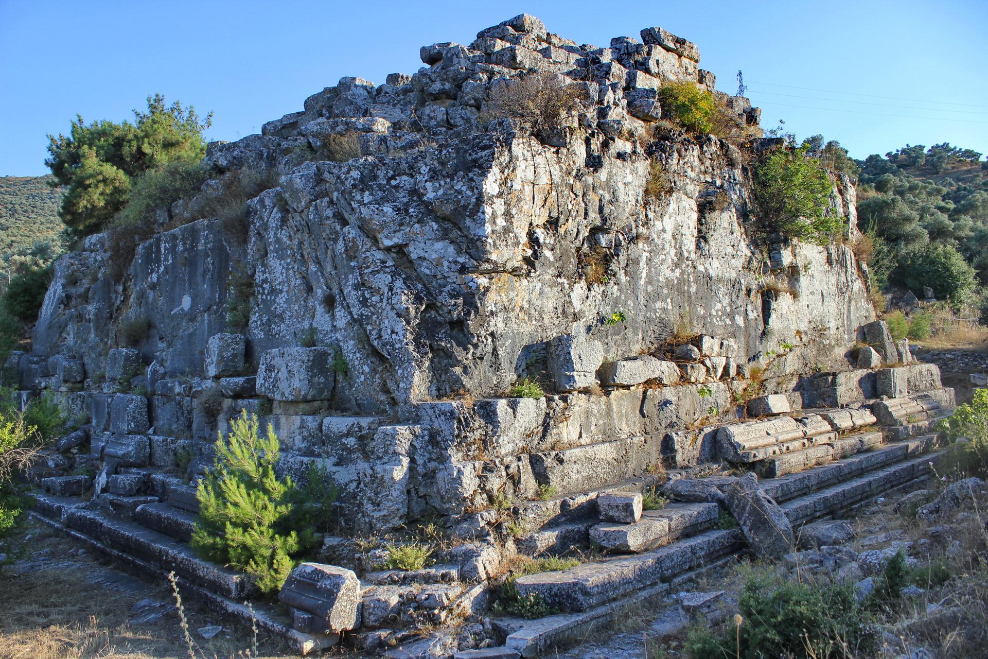 Belevi Monument