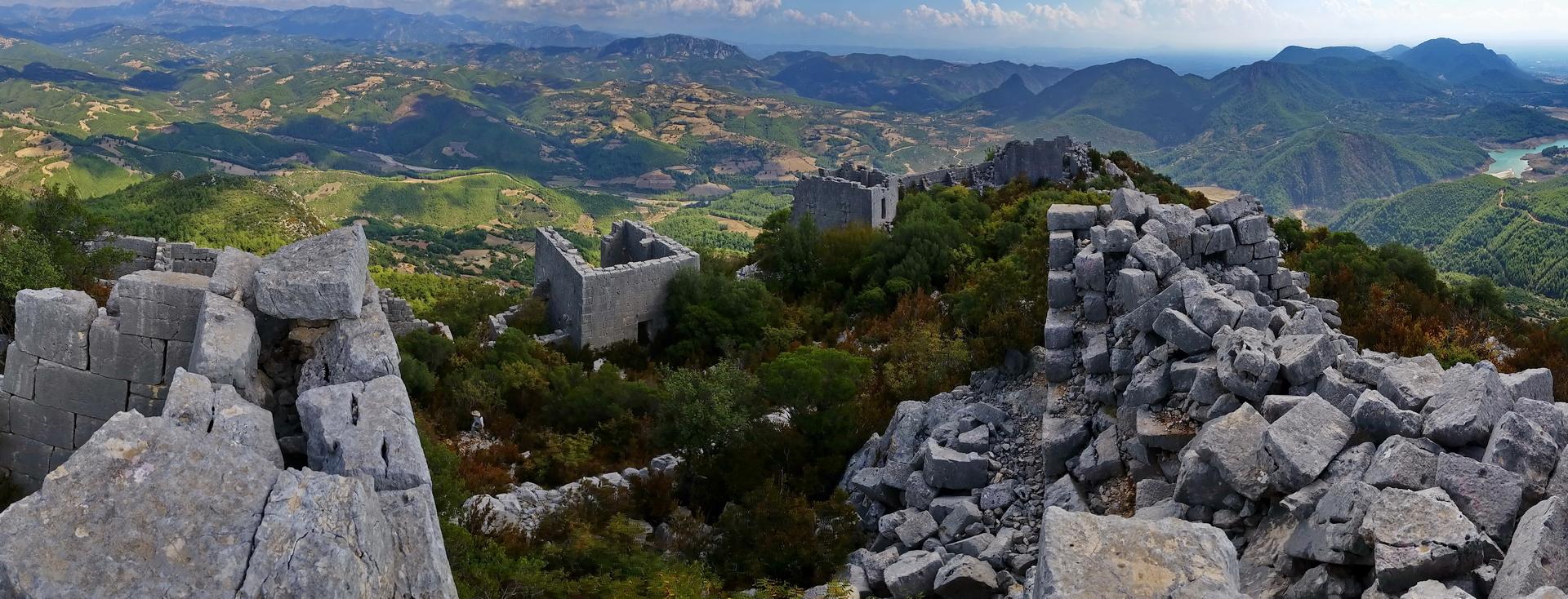 Karasis; lower castle