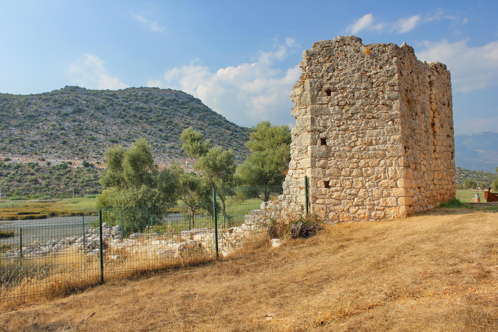 Adriake: Synagogue