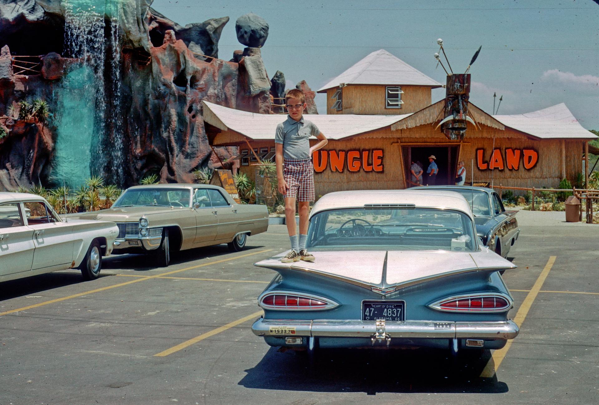 1966-07-C211-PanamaCityBch